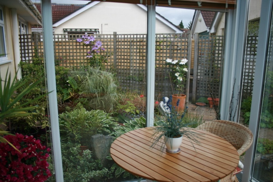 Garden 001 killen landscapes garden design bournemouth for Garden design bournemouth